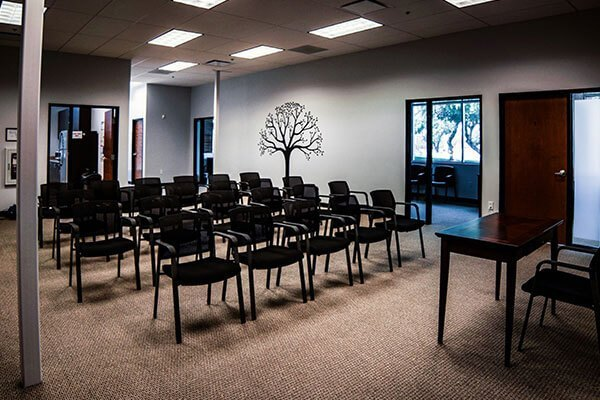 where can I find outpatient treatment programs near me
