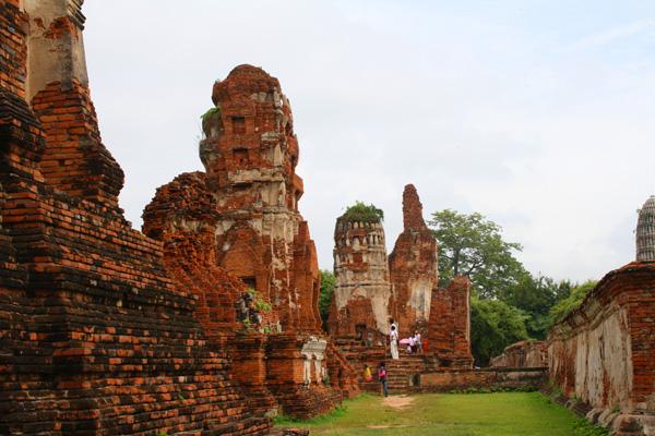 Ruins of Wat Mahathat in Ayutthaya, Thailand