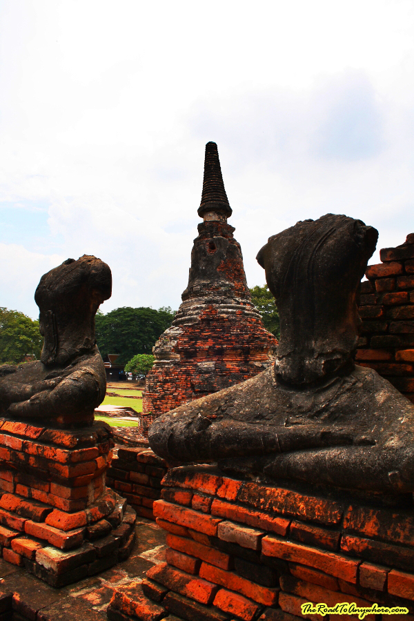 Headless buddha statues at Wat Chaiwatthanaram in Ayutthaya, Thailand