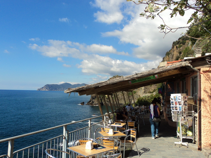 A bar with a great view on Via Dell'Amore in Cinque Terre, Italy