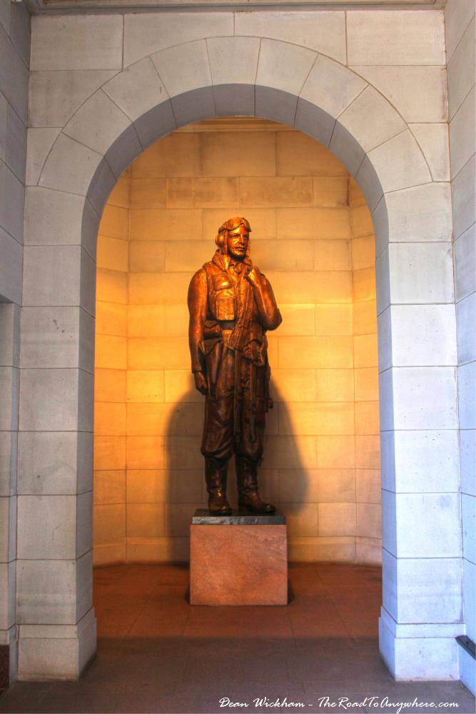 A pilot statue in the Australian War Memorial, Canberra
