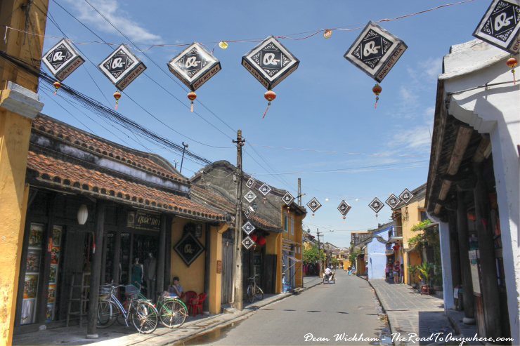 Sightseeing in the Old Town of Hoi Ai in Vietnam