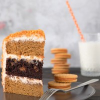 Chocolate & Pumpkin Oreo Cake