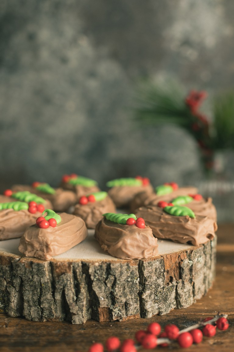 Chocolate Mint Buche De Noel Cookies