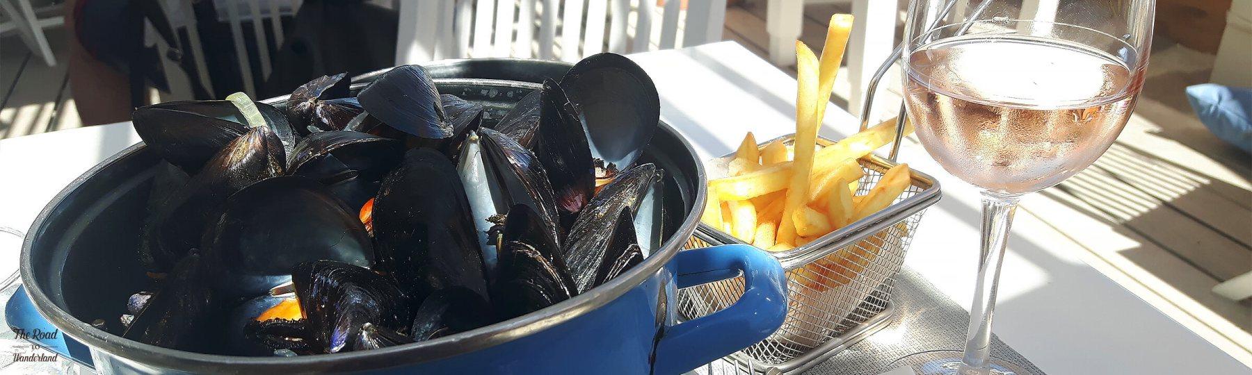 Moules frites at La Ola