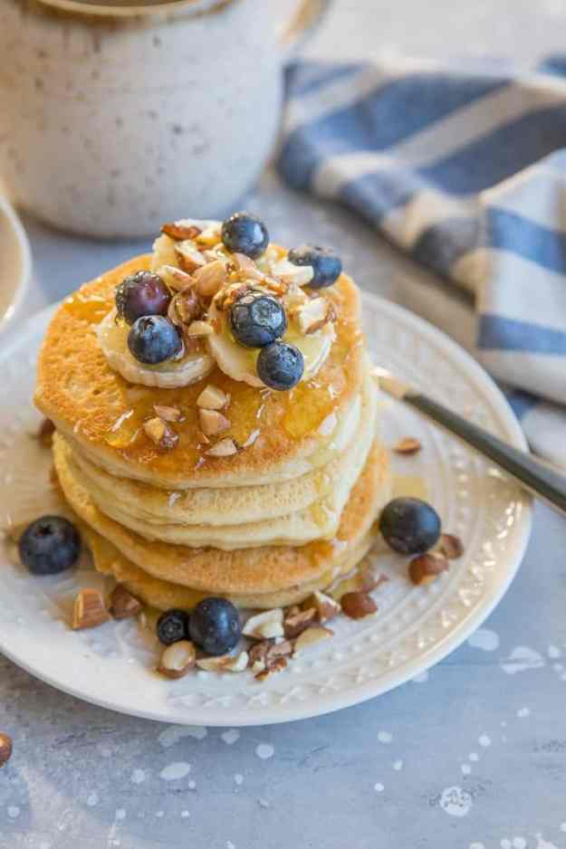 Almond Flour Pancakes - paleo, gluten free, refined sugar free, dairy free, super light, fluffy, and delicious