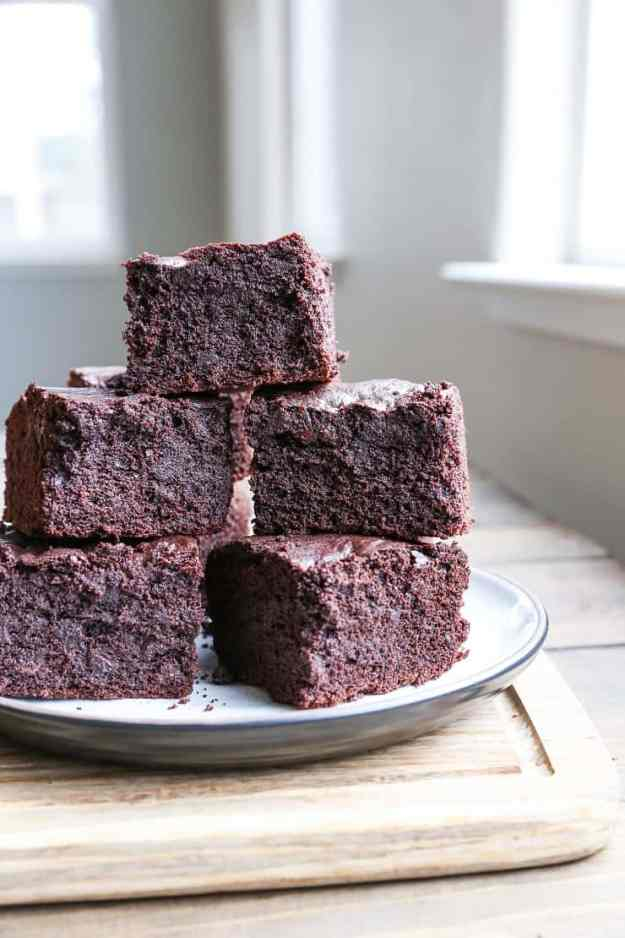 Gluten-Free Rice Flour Brownies - a rich and decadent treat sweetened with pure maple syrup and made with rice flour