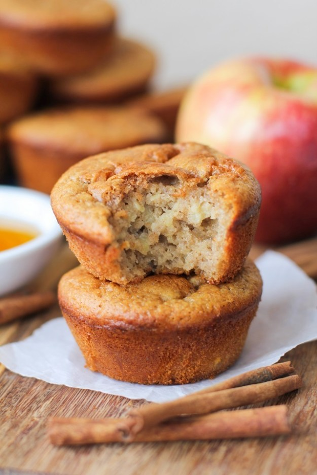 Grain-Free Apple Cinnamon Muffins - naturally sweetened and gluten-free, made with @BobsRedMill almond flour and tapioca flour   TheRoastedRoot.net #healthy #breakfast #recipe #paleo