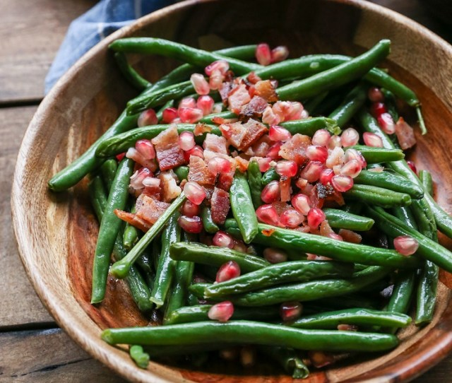 Pan Fried Bacon Green Beans With Pomegranate Seeds A Healthful Festive Side Dish