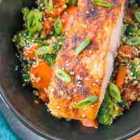 Crispy Paprika Salmon Bowls with Ginger Vegetables & Rice