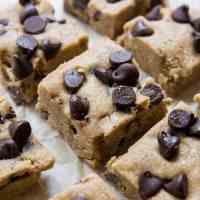 No-Bake Keto Chocolate Chip Cookie Bars