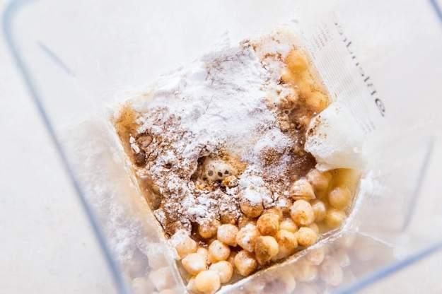 How to Make Garbanzo Bean Blondies