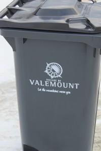 garbage, garbage can, garbage bin, garbage cart, garbage pickup