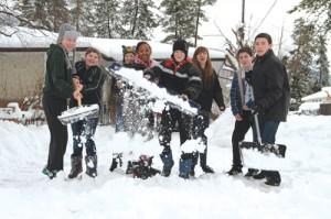 snow day, snow, shovel, shoveling, help, good deed