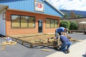 Three Ranges Brewing Company patio