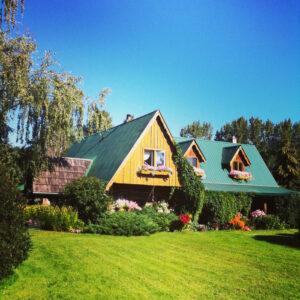 Dunster farmhouse contest (2)