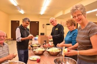 Seniors Housing Society pie making bee (1)