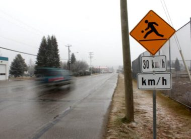 Photo: Evan Matthews The old is new again, as this speed sign remains near the former property of Valemount's secondary school. However, the Village is lowering the speed limit to 30 KM/H once again, and new signs will soon line all of 5th Ave.