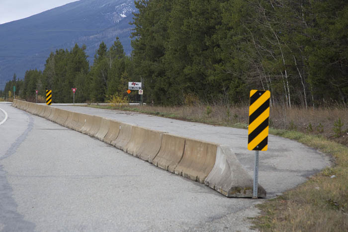Valemount Hwy5 pull-out closed