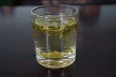 Steeping green tea
