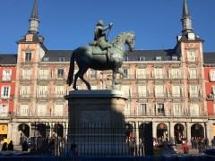 Statue at Plaza Mayor
