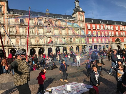 Bubbles at Plaza Mayor