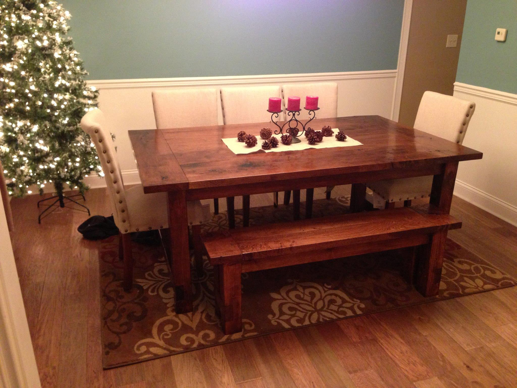 Simple DIY farmhouse style dining room table tutorial