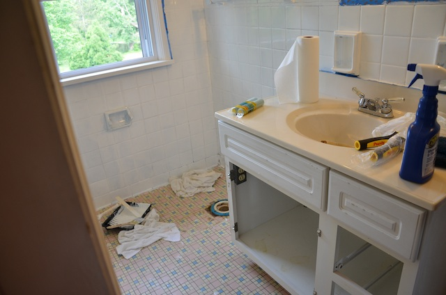Rustoleum Tub and Tile Bathroom Restoration