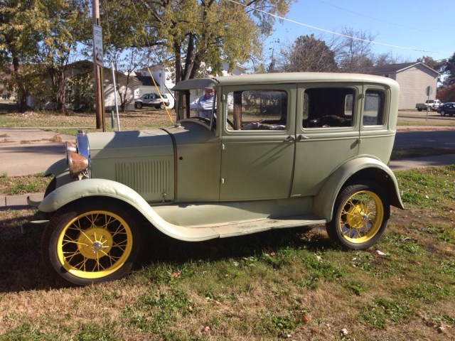 1929 Ford Model A Murray Town Sedan