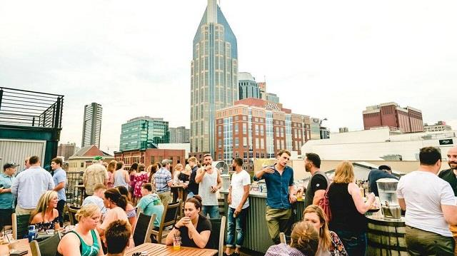 Best College Bars In Nashville