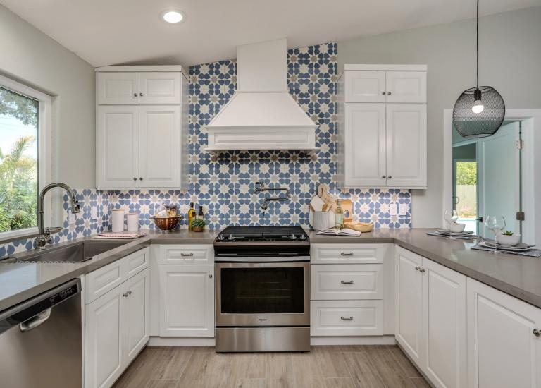 kitchen cabinet images lowes delta faucets pre assembled cabinets the rta store dakota white