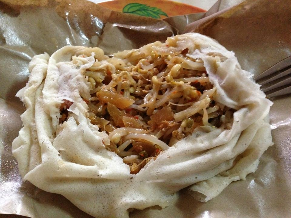 Indonesian food - lumpia basah