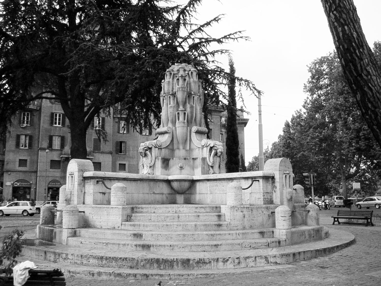 best kept secrets of Rome - Testaccio fountain