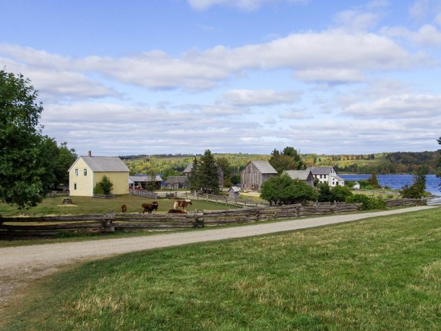 things to do in fredericton - kings landing historical settlement homes