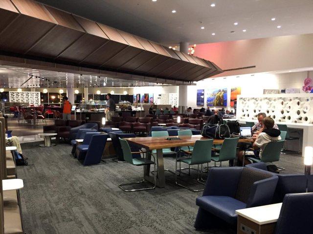 Delta Sky Clubs in Atlanta - Seating