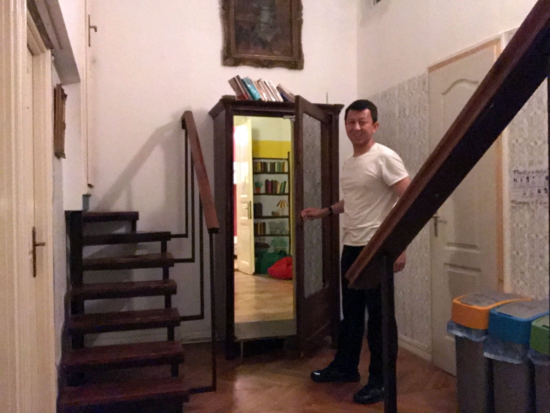 baroque hostel budapest false door 2