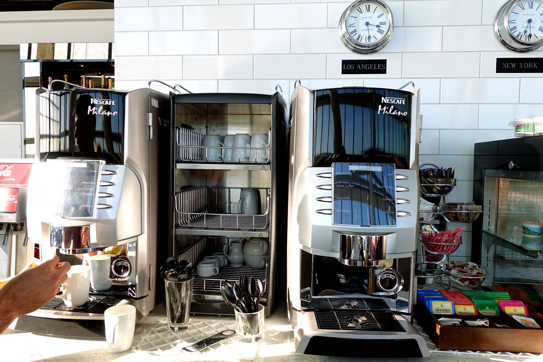 heathrow priority pass lounge - aspire lounge and spa coffee
