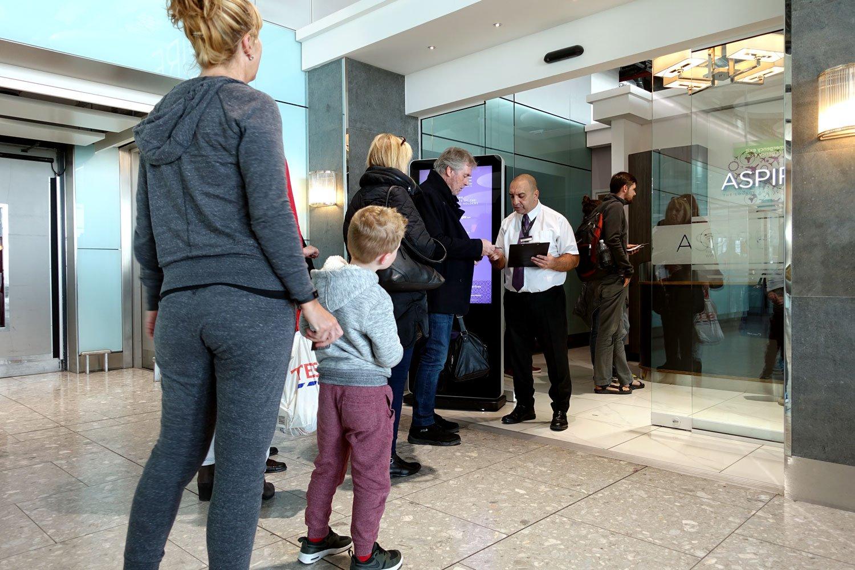 heathrow priority pass lounge - aspire lounge and spa waiting line
