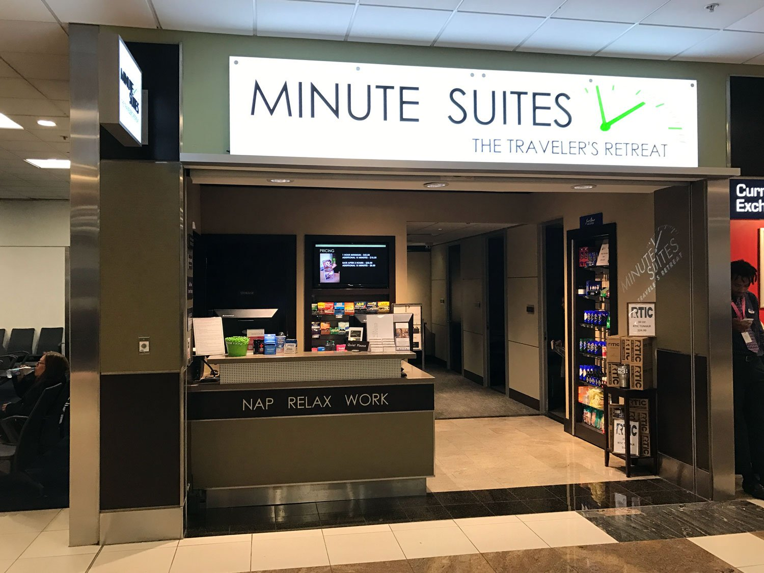 Minute suites at atlanta airport entrance