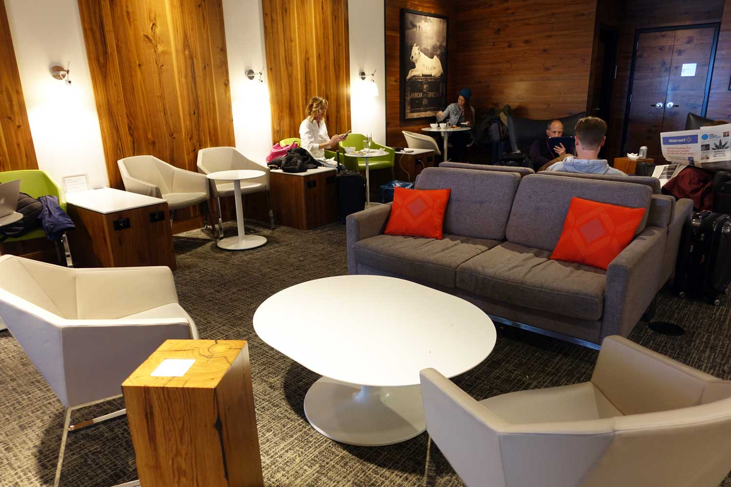 Centurion Lounge Seattle seating