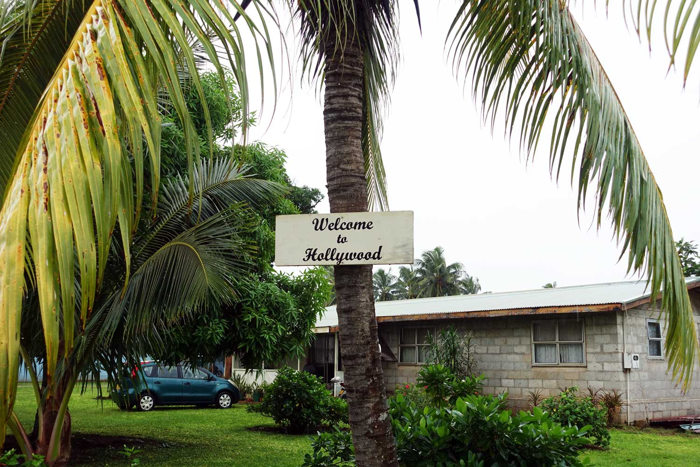 Aitutaki culture Hollywood sign