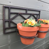Cast Iron Wall Mounted Flower Pot Holder