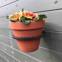 Single Cast Iron Wall Mounted Flower Pot Holder