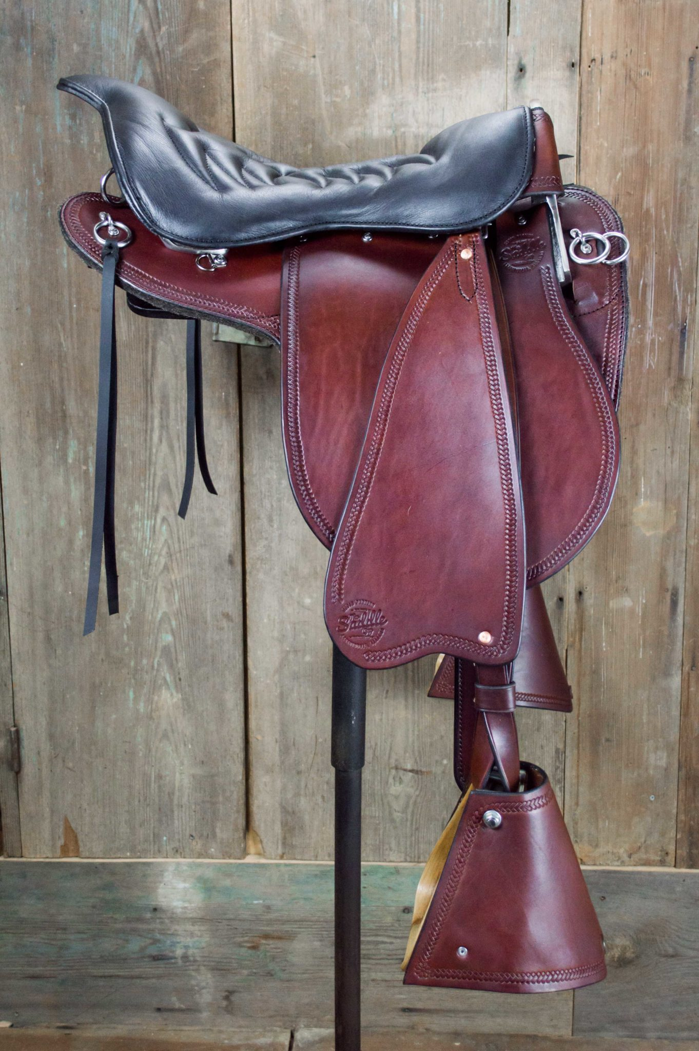 Premium Trooper Saddle