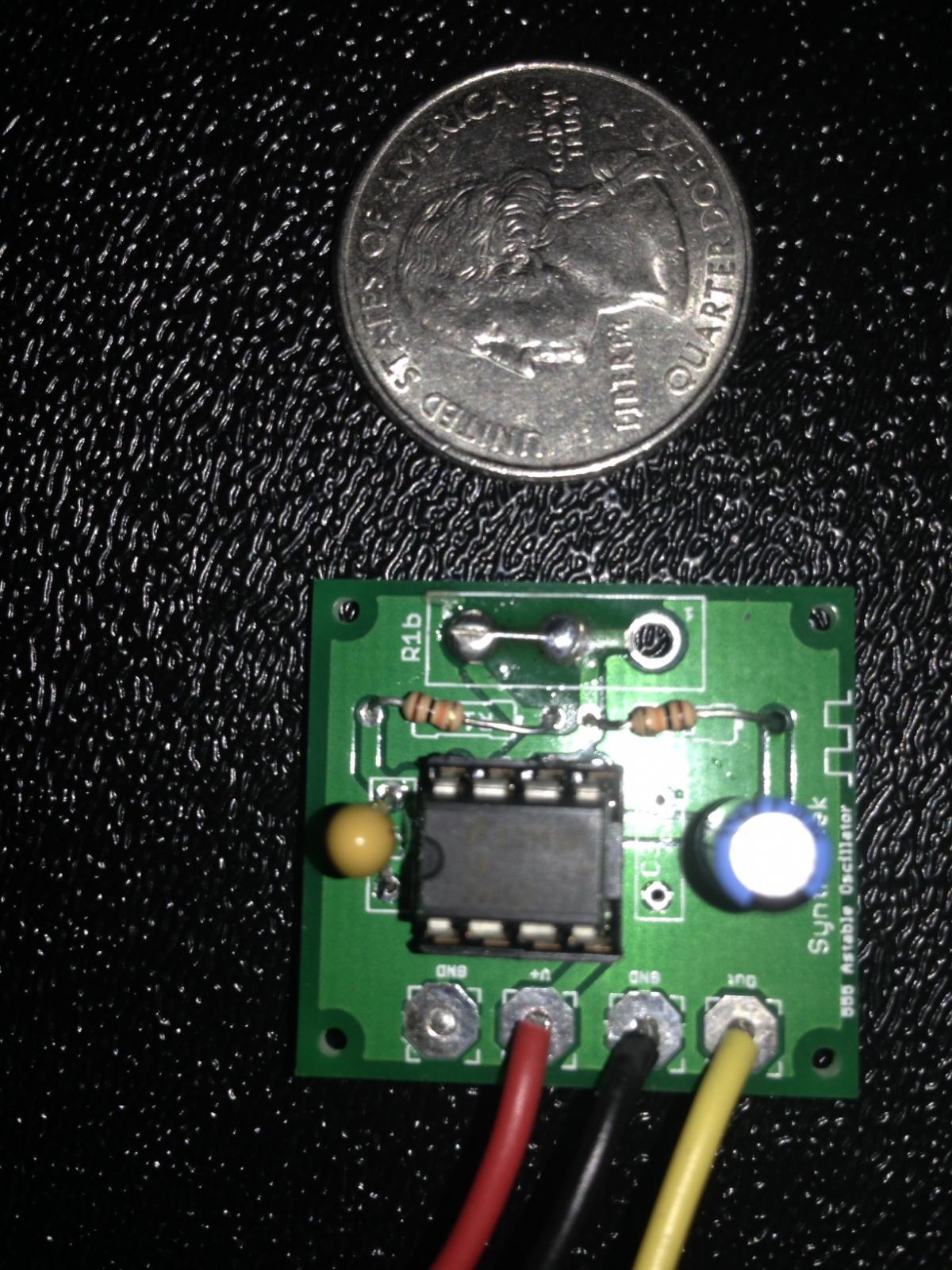 555 Pulse Sequencer Circuit Simulator