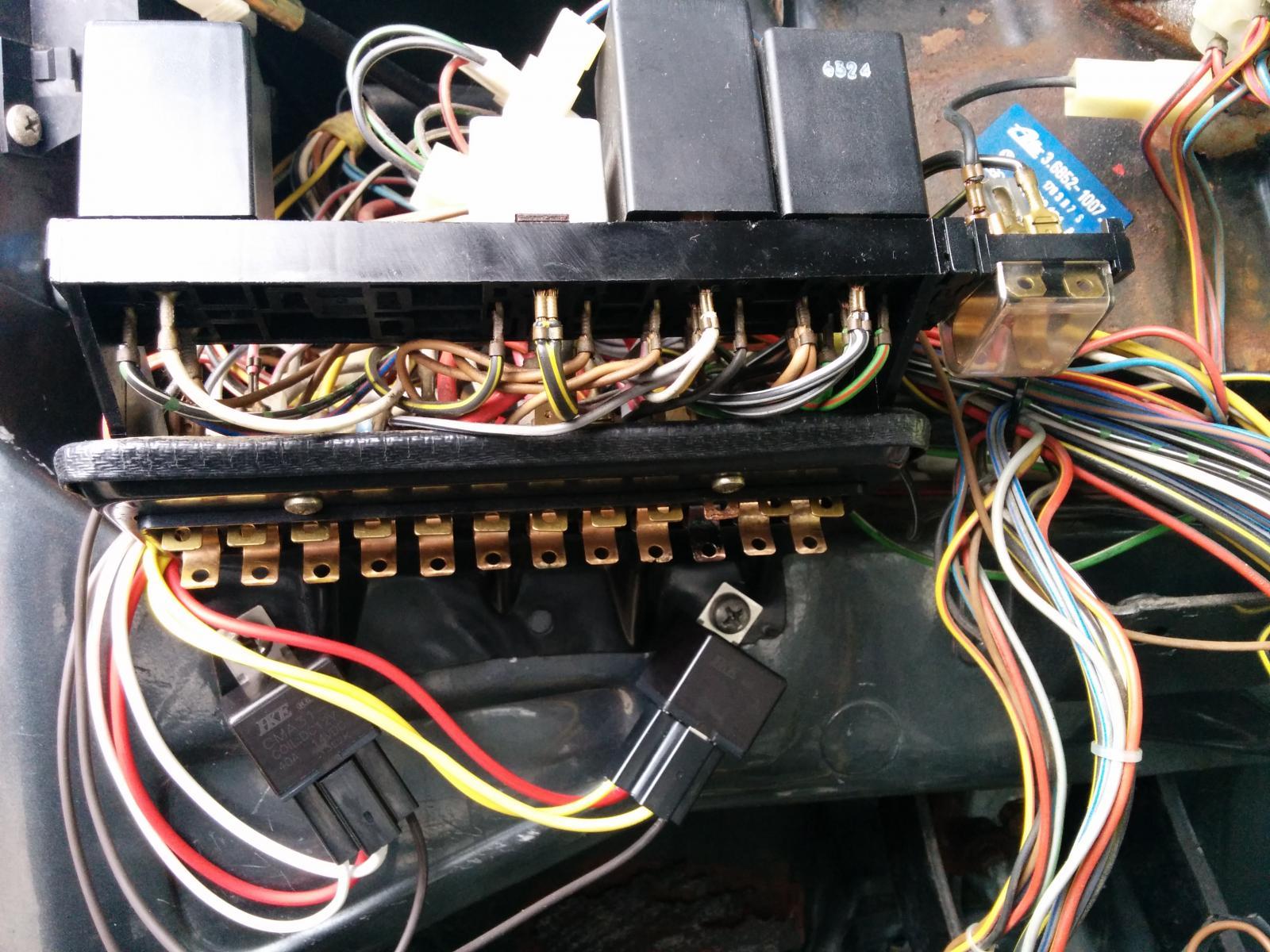 hight resolution of 84 vw fuse box