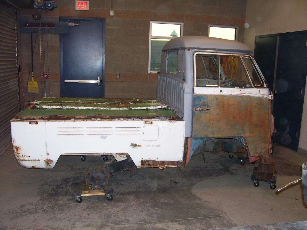 '68 Bay Dbl Cab Box attached