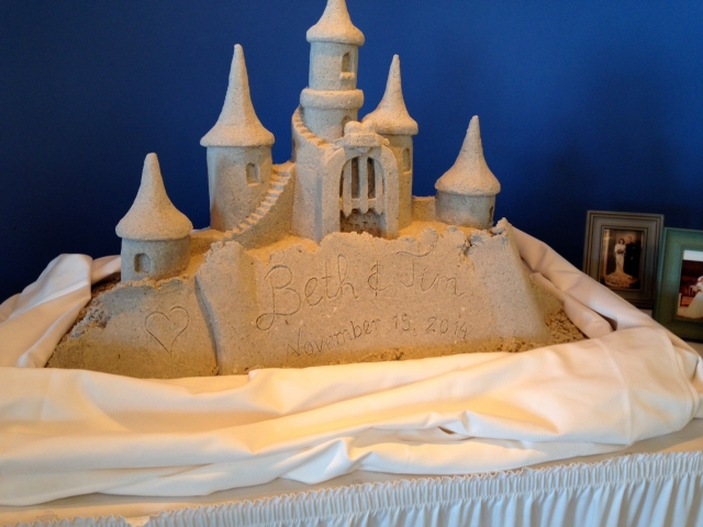 Photos Pictures Of Wedding Sand Castles And Sand