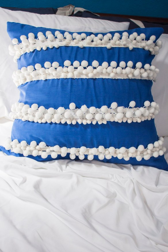 anthro-pillow-finished-bedding