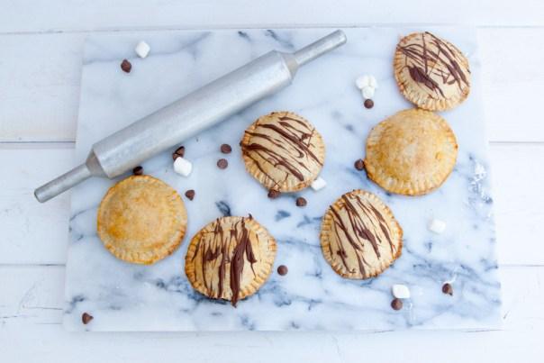mini-smores-hand-pies